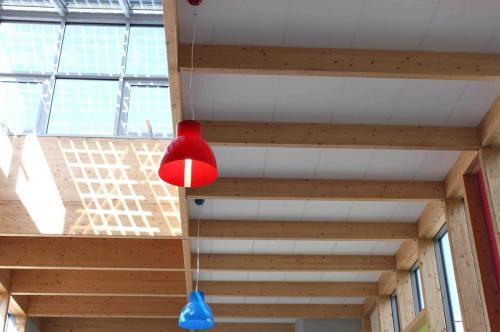 Faux plafond en dalle de fibre blanche - Collège de Plescop